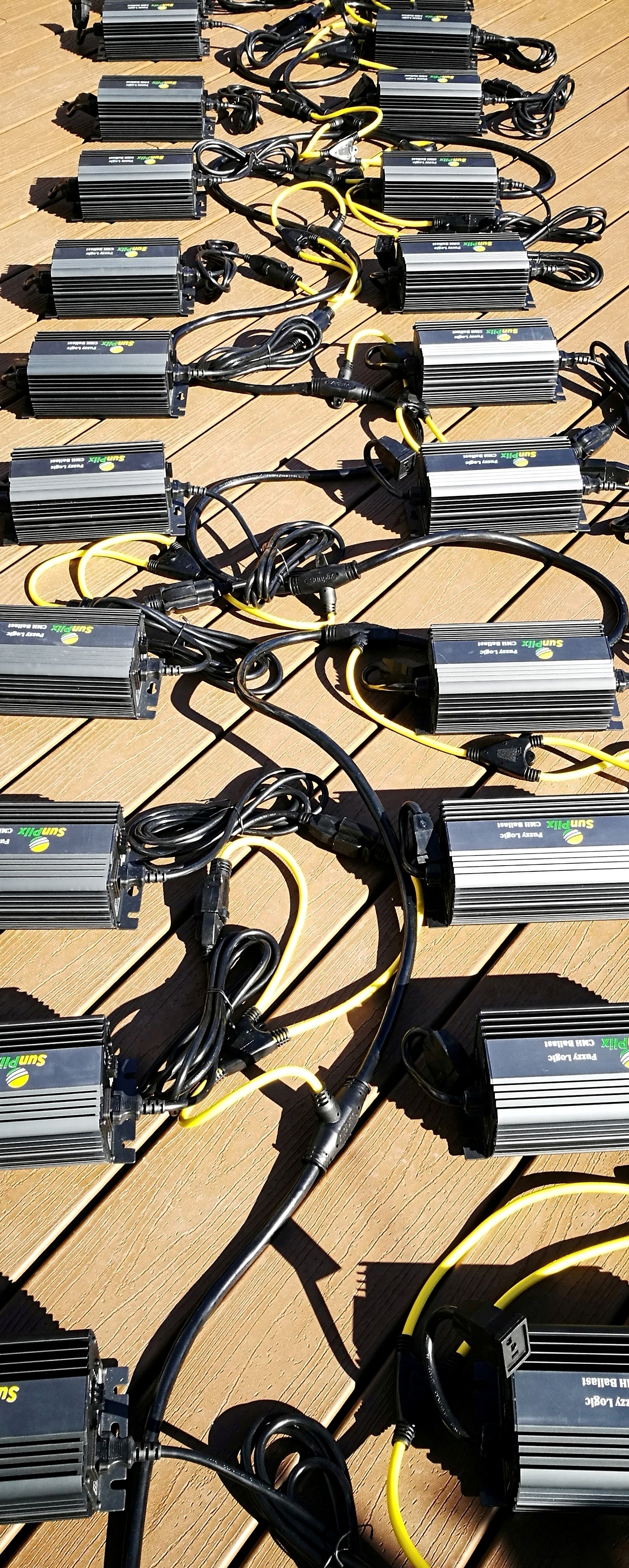 MPC-49 Daisy Chain Power Cord connecting 23 315W/240V CMH ballasts